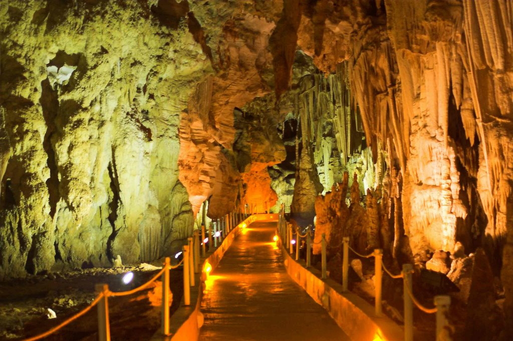 Alistrati Cave - Serres- Stavros - Villa Riviera - www.villariviera.gr