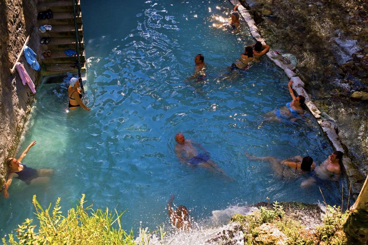 Loutra Pozar Baths and Spa - Loutraki Aridaia - Stavros - Villa Riviera - www.villariviera.grLoutra Pozar Baths and Spa - Loutraki Aridaia - Stavros - Villa Riviera - www.villariviera.gr